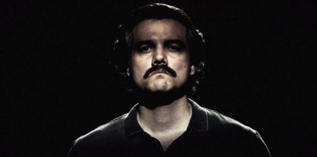 Wagner Moura dans le rôle de Pablo Escobar