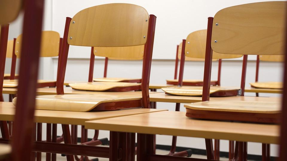 Coronavirus. Le ministre de l'Éducation annonce son plan de rentrée progressive pour les écoles