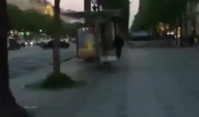 Attaques aux Champs-Elysées