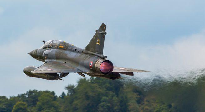 Disparition d'un Mirage 2000 à l'entraînement: des débris retrouvés dans le Jura