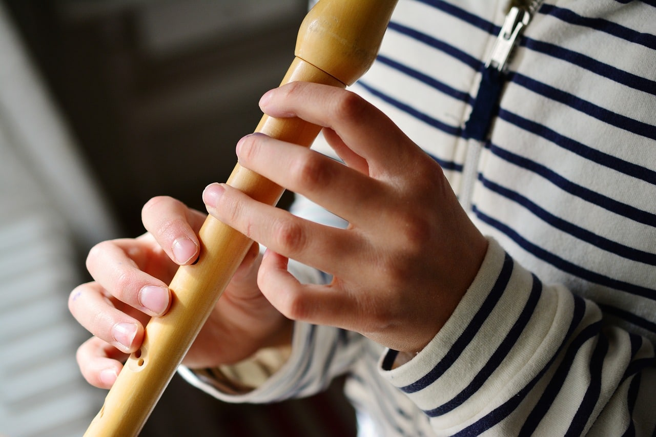 Californie : 18 ans de prison pour le professeur de musique qui remplissait des flûtes de sperme pour ses élèves