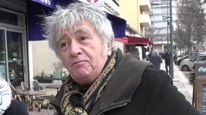 L'humoriste Jean-Yves Lafesse, connu pour ses canulars et ses micro-trottoir est décédé à l'âge de 64 ans