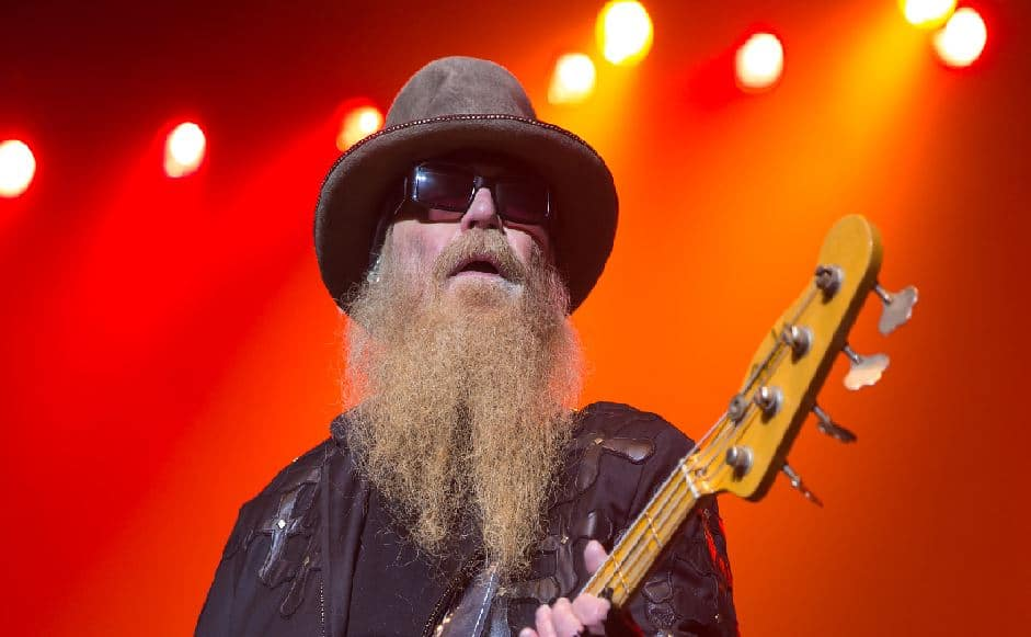 Dusty Hill, emblématique bassiste et chanteur du groupe ZZ Top est décédé à l'âge de 72 ans