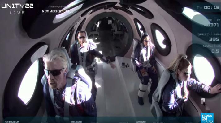 Pari réussi pour Richard Branson qui est le premier homme a expérimenter le tourisme spatial