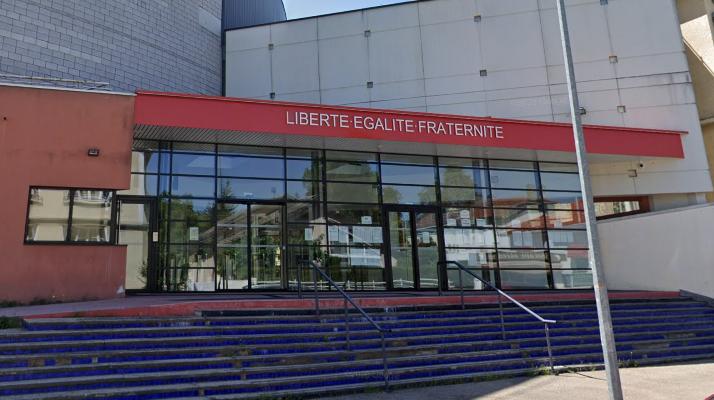 Isère : attaquée à la machette en pleine classe par une camarade de 17 ans