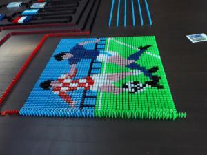 Le deuxième édition des Dominos Day à Palaiseau