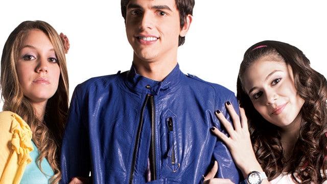 Les acteurs de la série tv à succès Chica Vampiro / Photo via CP