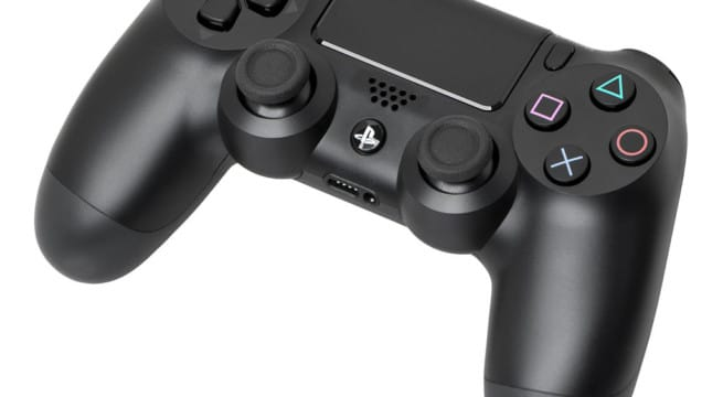 Une manette de Playstation 4 / Créatives Commons