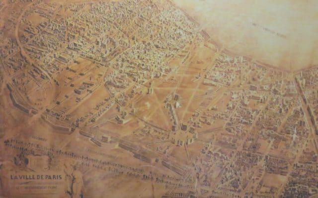 Ancienne carte de la ville de Paris (photo de Julie Lacoste Actu-Mag.fr)