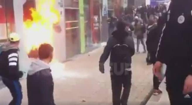 Des casseurs saccagent un magasin Go Sport / Capture Koi-de-neuf.fr