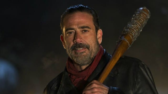 Negan se montre enfin / Capture The Walking Dead Saison 6 Episode 16