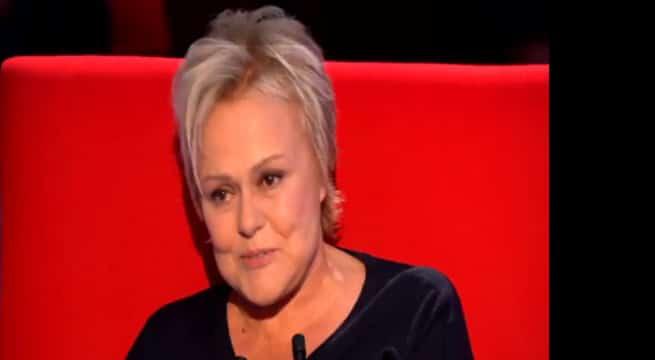 """Muriel Robin dans l'émission """"Le Divan"""" / Capture France 3"""
