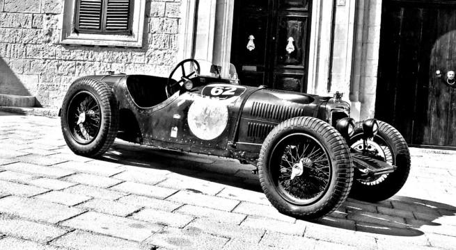 Une voiture de course vintage / Illustration Pixabay