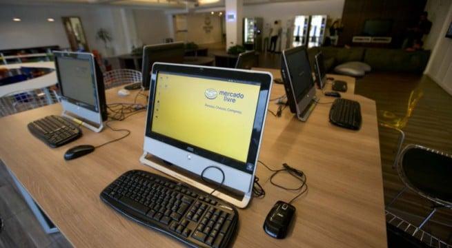 Illustration d'un cybercafé / Photo MercadoPago