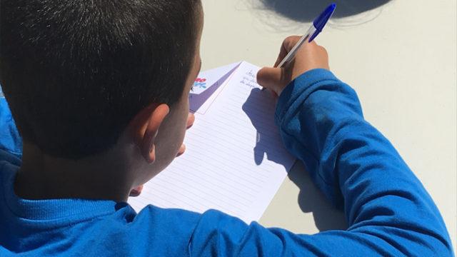 Un enfant participant à l'Eurodictée 2016 / Photo via CP BUBBLING BULB