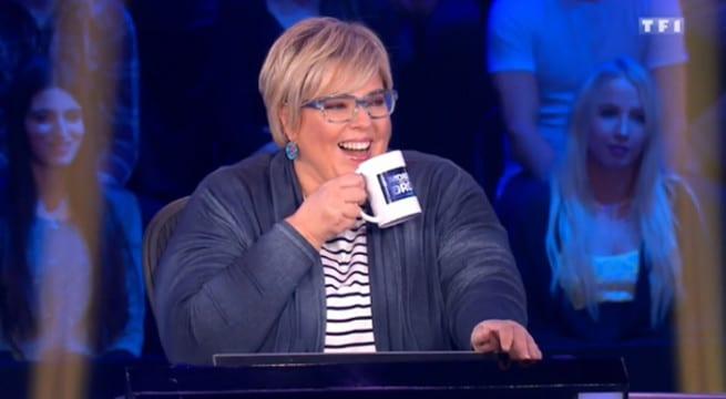Laurence Boccolini à un fou rire sur le plateau de Money Drop / Capture TF1