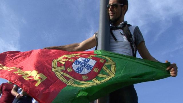 Un supporter venu soutenir le Portugal à Linas-Marcoussis ce Jeudi / Photo J.R Actu-Mag.fr