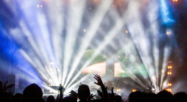 Illustration d'un concert de jeux vidéos / Pixabay