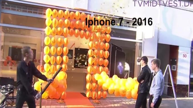 Une boutique de téléphonie fait un bide pour la sortie de l'iphone 7 / Capture Youtube