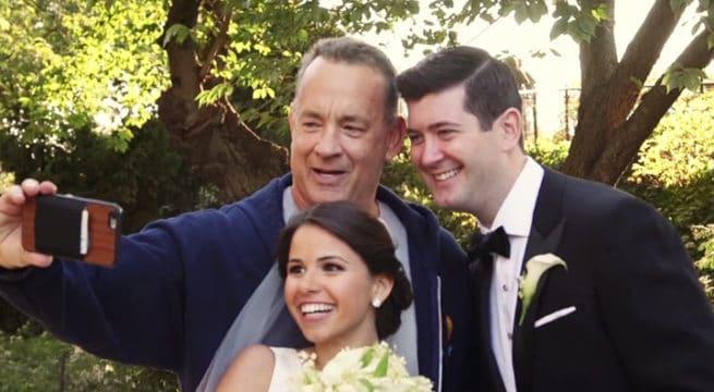 Tom Hanks s'invite au shooting photo des mariés / Capture Viméo