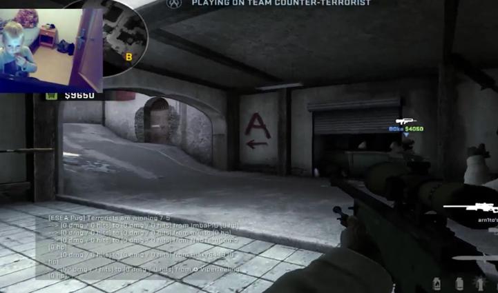 Un enfant fait gagner la partie de son grand frère sur Counter Strike GO / Capture Youtube