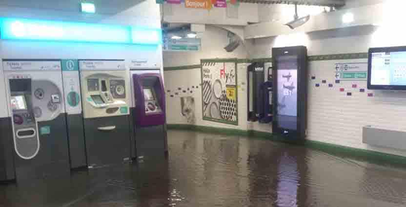 Retour à la normale dans le métro — Orages à Paris
