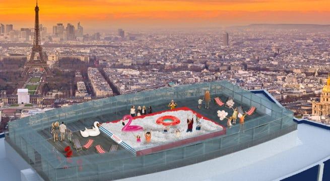 une piscine de 100 000 balles sur le toit de la tour