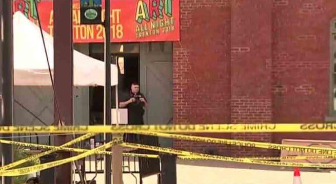 Une fusillade fait une vingtaine de blessés dans un festival — États-Unis