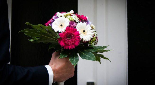 livraison de fleurs sur paris qui s adresser actu actu. Black Bedroom Furniture Sets. Home Design Ideas