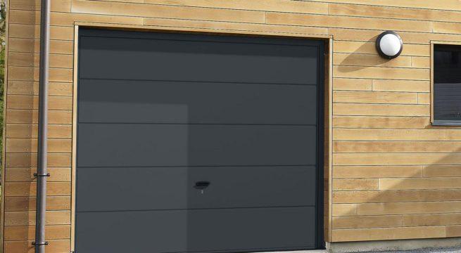 Porte de garage lyon comment remplacer sa porte actu actu - Remplacer une porte de garage ...